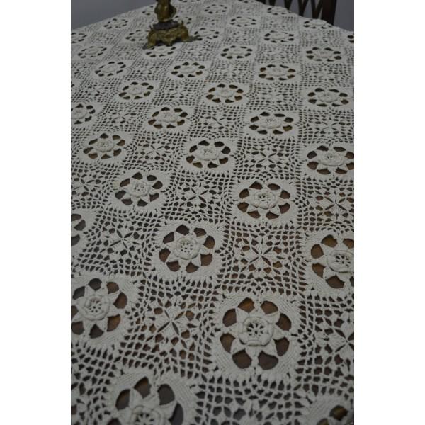 Copriletto In Cotone Realizzato Ad Uncinetto 230x180 Cm Merlettando